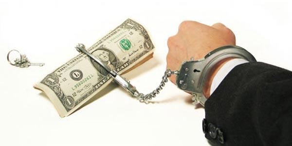 Выезд за границу с долгами по кредиту: возможен ли?